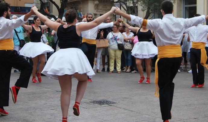 L'Aplec Internacional d'Adifolk ofereix una barreja de la cultura popular de tota Catalunya.  Font: Adifolk