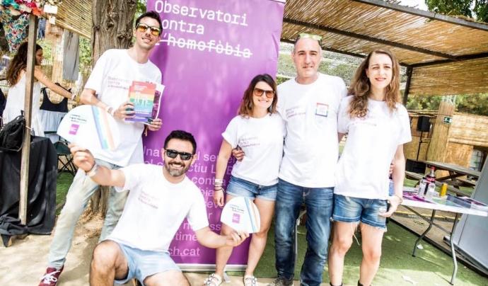 Paradeta de l'Oservatori contra l'Homofòbia durant la Diada LGTBI Font: Observatori contra l'Homofòbia
