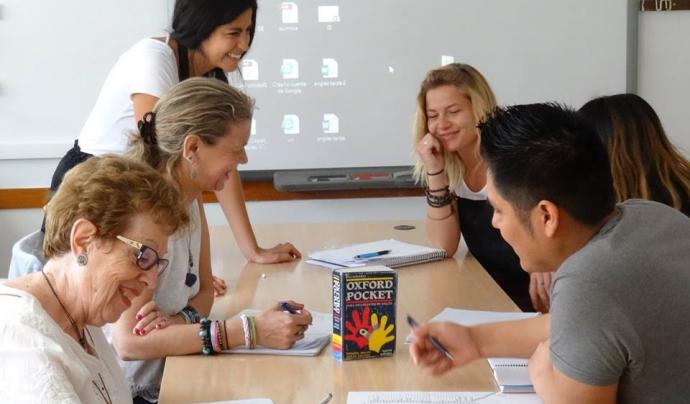 Curs d'anglès a l'Escola d'Adults de La Verneda - Sant Martí Font: Escola d'Adults de la Verneda - Sant Martí