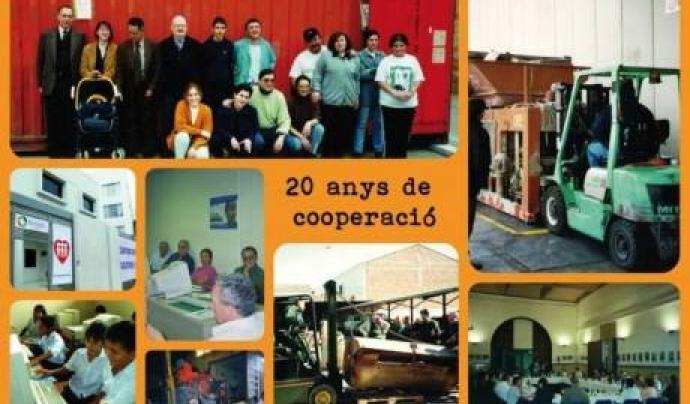 Collage fotogràfic dels 20 anys de Banc de Recursos