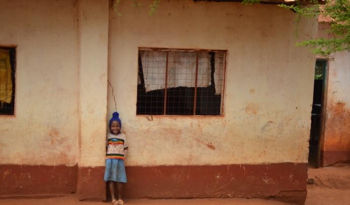 L'objectiu és millorar les condicions de vida d'una comunitat rural a través d'una participació activa d'aquesta. Font: Base A. Font: Font: Base A.