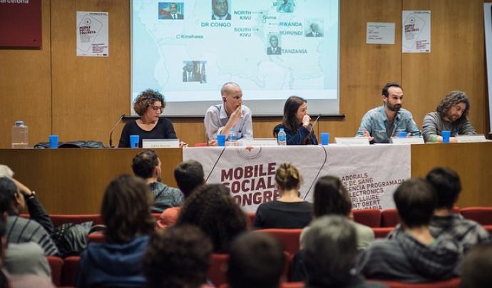 Taula rodona al Mobile Social Congress Font: Setem Catalunya (Flickr)