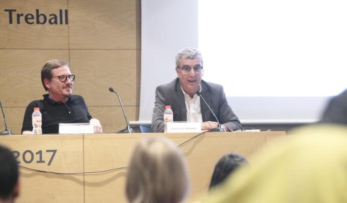 Josep Vidal, director general d'Economia Social, i Perfecto Alonso, president de la Federació de Cooperatives de Treball de Catalunya