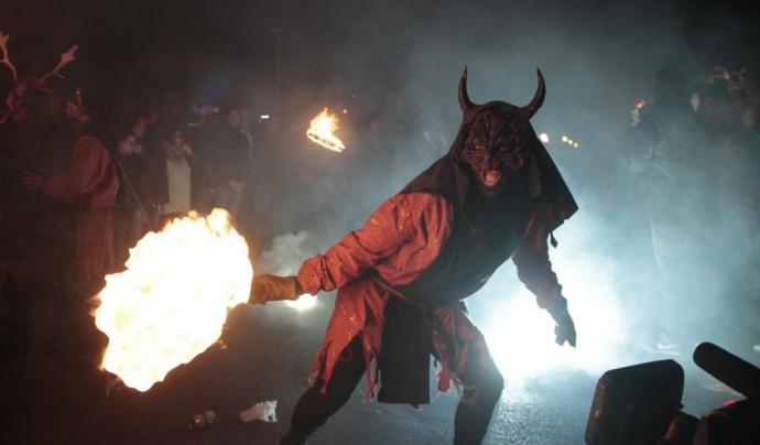 Els diables i diablesses han de respectar el recorregut pactat amb l'Ajuntament Font: Última Hora
