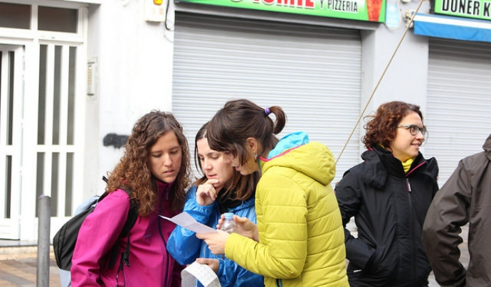 La Plaça Antonio Machado del barri badaloní de La Salut es va omplir de més de 150 persones. Font: Fundació Salut Alta