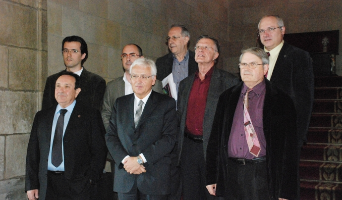 Ferran Mascarell amb els presidents de les diferents federacions i en Lluís Puig