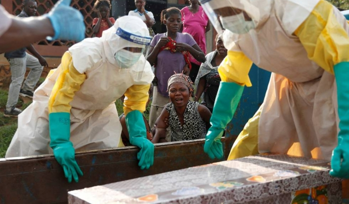 Dues de cada tres persones moren per ebola al Congo.  Font: cambio Michoacán.