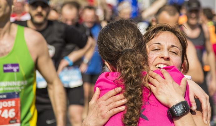 Emoció i solidaritat a la Zurich Marató de Barcelona. Font: migranodearena.org