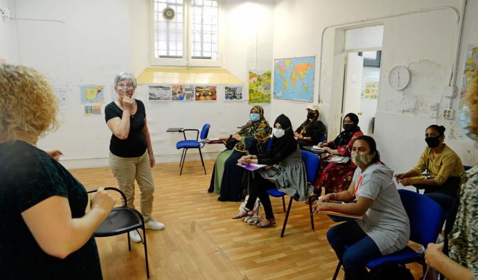 Bona part de l'aprenentatge se centra en l'idioma i en qüestions qüotidianes del dia a dia. Font: Ignasi Robleda