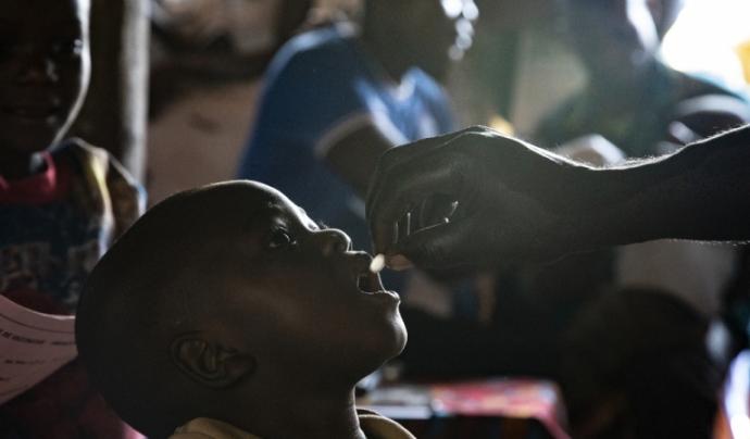 L'impacte de la Covid-19 està reduint l'accés de les persones vulnerables a salut. Font: Caroline Thirion (MSF)