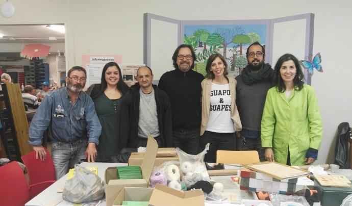 Visita de BonDiaMon i de l'actor Abel Folk a la Fundació Arrels. Font: BonDiaMon