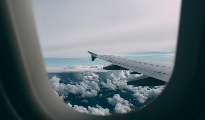 El gran problema dels viatges curts en avió és l'enlairament i l'aterratge. Font: CC