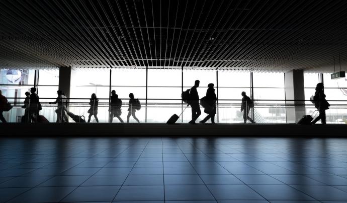 Un altre dels temes que es va tocar va ser el de viatjar amb avió amb la cadira de rodes i que requereix de certs tràmits. Font: Pixabay