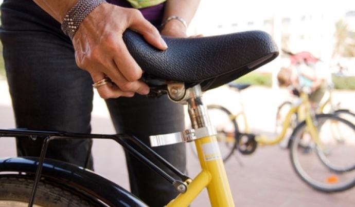 La bicicleta és una alternativa real al trànsit motoritzat. Font: CC