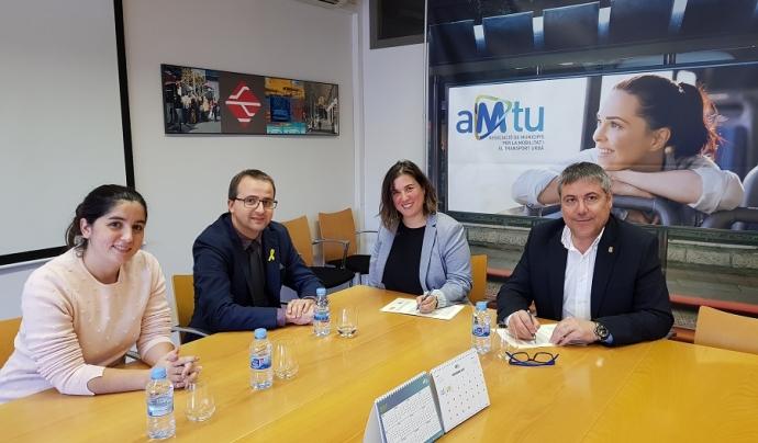 Signatura de conveni de col·laboració entre AMTU i Amputats Sant Jordi Font: AMTU