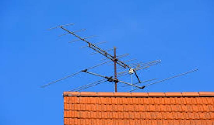 L'accés a l'espai radioelèctric també és un dret pels mitjans sense ànim de lucre. Font: Pixabay