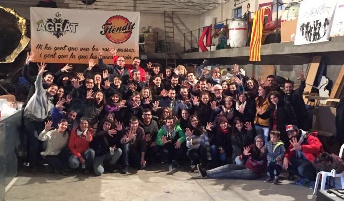 Foto de grup de l'Associació Agrat, l'entitat targarina que treballa per dinamitzar el jovent de la ciutat (Font: AGRAT)