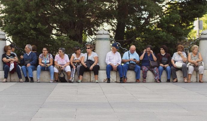 La gent gran vol decidir el seu camí lliurement. Imatge d'Emanuelo Kvartalo. Llicència d'ús CC BY-NC-ND 2.0 Font: Emanuelo Kvartalo. Llicència d'ús CC BY-NC-ND 2.0