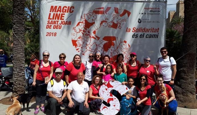 Els equips de la Magic Line participen a la marató i aconsegueixen reptes solidaris.