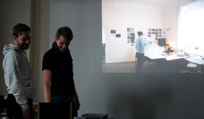 El contingut multimedia ajuda a que la presentació en línia sigui més interessant. Imatge de Tobias Toft. Llicència d'ús CC BY 2.0 Font: Imatge de Tobias Toft. Llicència d'ús CC BY 2.0