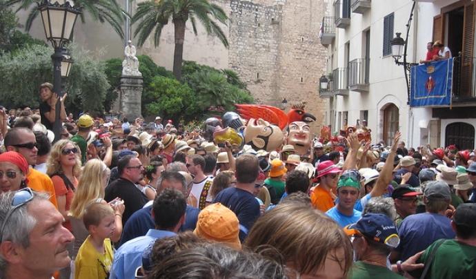 La Festa Major de Sitges compta amb una web molt completa i dos aplicacions mòbils.  Font: Imatge de Jordi Sabaté. Llicència d'ús CC BY 2.0