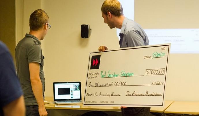 La Fundació Mozilla ha començat una campanya per recaptar donatius. Imatge de Awesome Foundation. Llicència d'ús CC BY 2.0 Font: Awesome Foundation. Llicència d'ús CC BY 2.0
