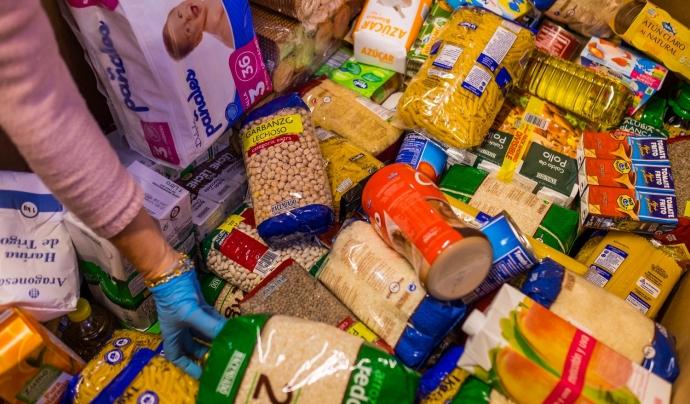 La campanya té com a objectiu la recollida d'aliments bàsics. Font: Gran Recapte