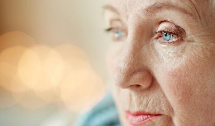 La Fundació Pasqual Maragall recomana als cuidadors i cuidadores acceptar la situació des de la serenitat per evitar situacions d'estrès. Font: Fundació Pasqual Maragall
