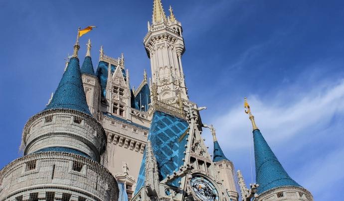 Plataforma per a Llengua explica que a Disney no li suposaria cap cost afegit incorporar el doblatge al català en aquelles pel·lícules que ja en tenen. Font: Pixabay