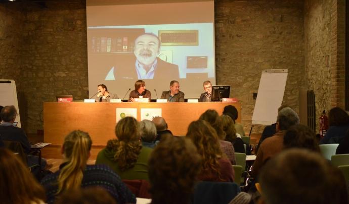 Durant l'assemblea es mostra el vídeo d'en Brent A. Mitchell, gravat especialment per l'ocasió, referent en l'àmbit de la conservació privada de la natura. Font: Paula Puy