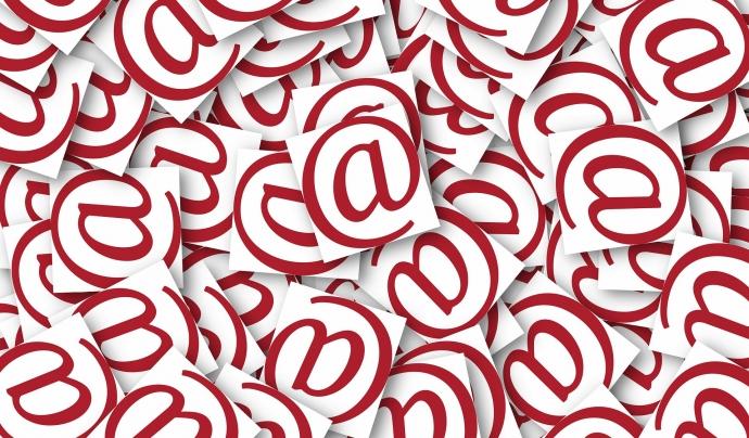 Notificacions electròniques Font: Pixabay