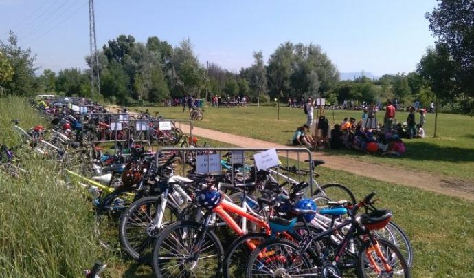 A Vic celebren el dia mundial del medi ambient amb una gran bicicletada