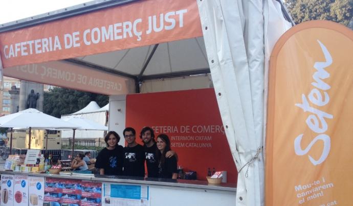 Un any més, la ciutadania podrà apropar-se a la cafeteria de Comerç Just  organitzada a la Plaça Catalunya durant les Festes de la Mercè.