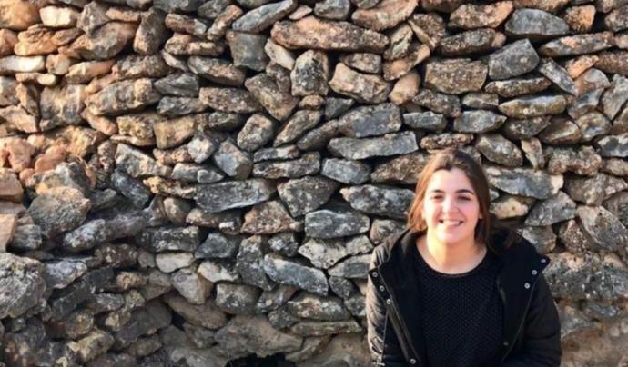 Des de la Fundació el Solà Cèlia Mallafrè treballa pel patrimoni de la pedra seca Font: Fundació El Solà