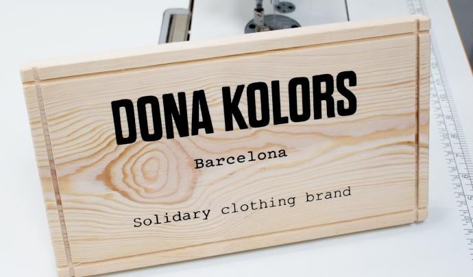 Dona Kolors és una botiga de roba que ocupa a dones en rics d'exclusió. Font: Dona Kolors
