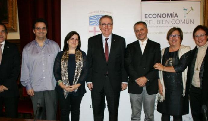 Acord de col·laboració amb la Universitat de Barcelona per l'Economia del Bé Comú  Font: Associació Catalana per al Foment de l'Economia del Bé Comú