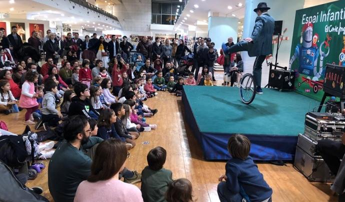 La Fundació La Roda organitza diferents espectacles infantils en col·laboració amb El Corte Inglés. Font: Fundació La Roda