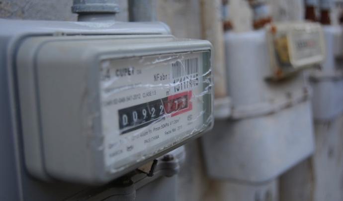 Les entitats i les administracions signen un acord per condonar el deute de la pobresa energètica a les famílies que no el poden pagar. Font: Pxhere