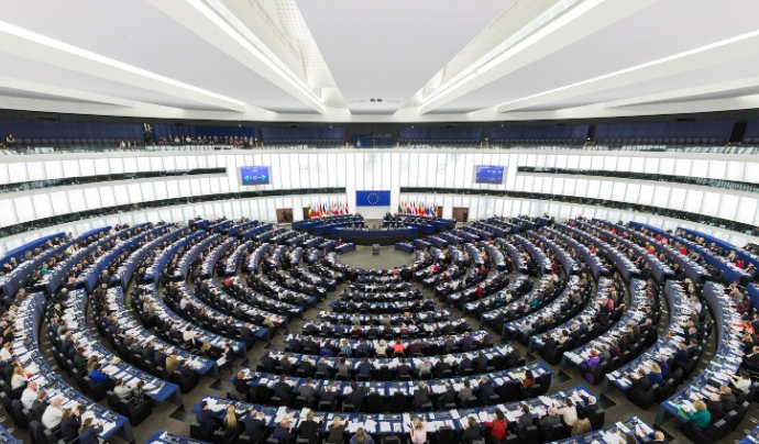 El Parlament Europeu celebrant un plenari.  Font: David Iliff. Llicència d'ús CC BY-SA 3.0