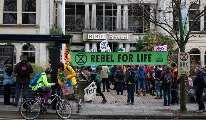 Exctiction Rebellion és un moviment civil internacional que apel·la a altres grans mobilitzacions civils pacifistes Font: Exctiction Rebellion