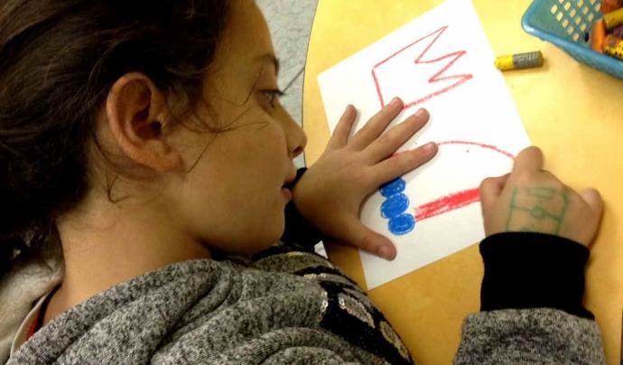 Les targetes de Nadal de la Fundació Comtal s'han elaborat amb dibuixos realitzats per infants de l'entitat.
