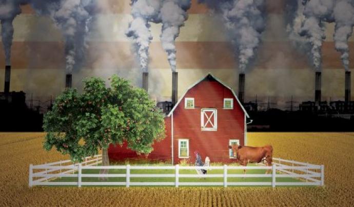 Sustainable centra la narració en un granger que veu com la terra i la comunitat es veuen amenaçades per la mateixa indústria agrària
