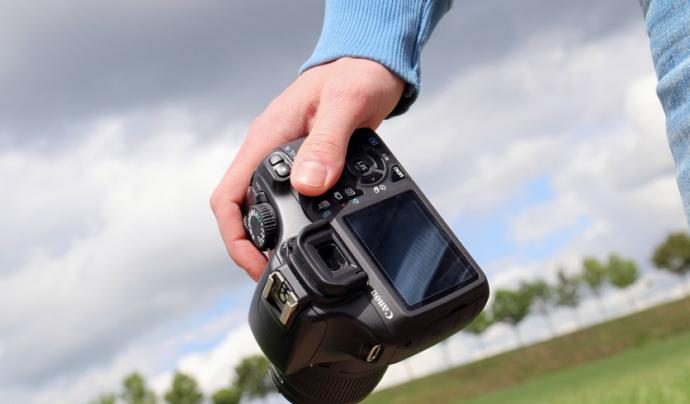 Si t'interessa la fotografia, l'Associació La Muntanyeta t'ofereix una oportunitat de voluntariat. Font: Pixabay