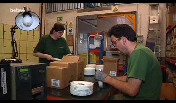 L'entitat Femarec gestiona la vaixella reutilitzable a disposició de les entitats  Font: Femarec