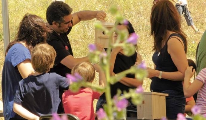 El projecte Refugis de Fauna de la Fundació World Nature promou la creació de refugis per a la biodiversitat a prop de casa