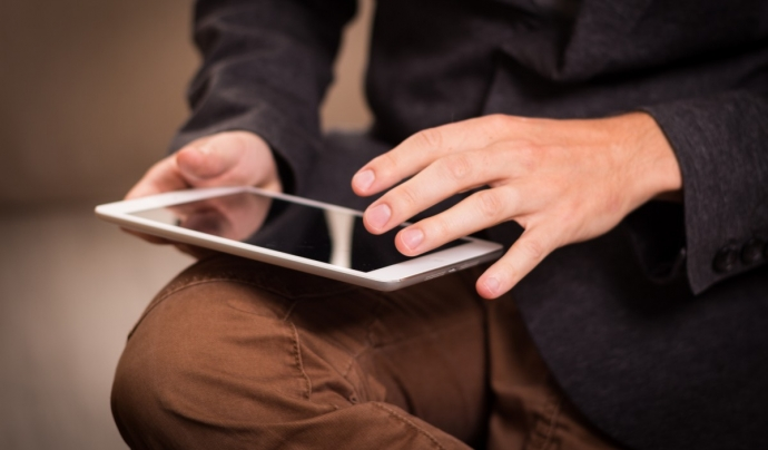 L'estudi posa en evidència la bretxa digital que pateixen les persones ateses per les entitats socials. Font: Pxhere