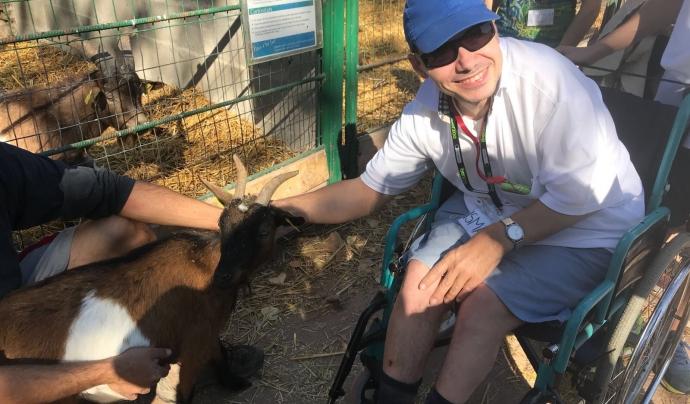 Ismael Montreal, amb 48 anys, és resident a Estímia i té una discapacitat del 87%. Font: AIS Ayuda