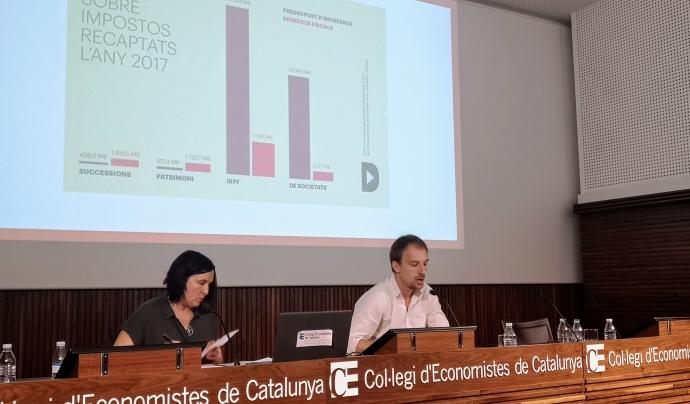 Xavier Casanovas i Sònia Fuertes a la jornada 'Fiscalitat justa'. Font: Taula del Tercer Sector