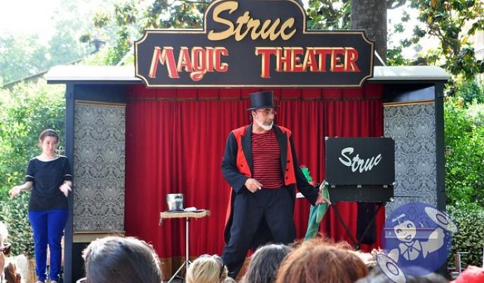 Més de 30 activitats musicals, de circ, de teatre, etc., oferiran entreteniment i diversió al Parc de la Ciutadella. Font: Fundació La Roda