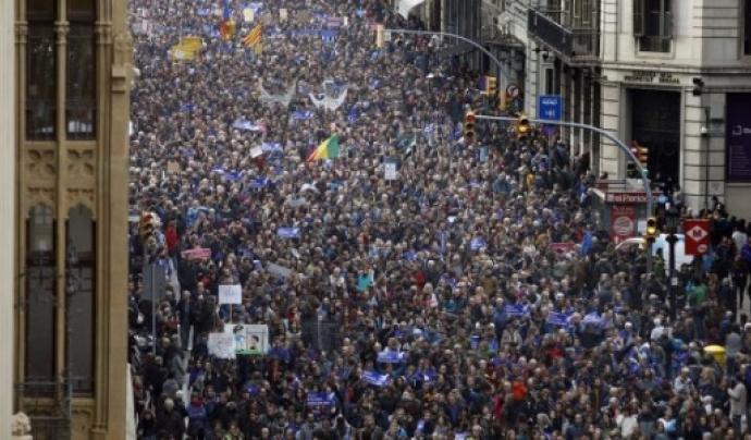 Manifestació a Barcelona demanant al Govern l'acollida de persones refugiades.